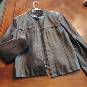Elegant Black Leather Jacket